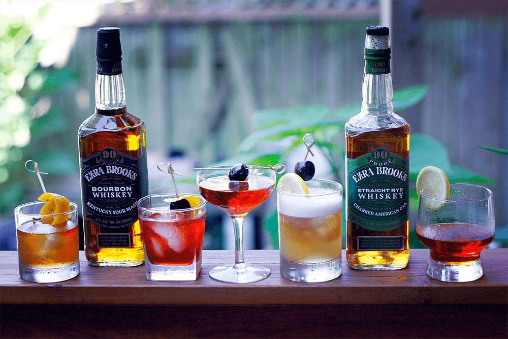 5 Classic Cocktails Every Gentleman Should Master