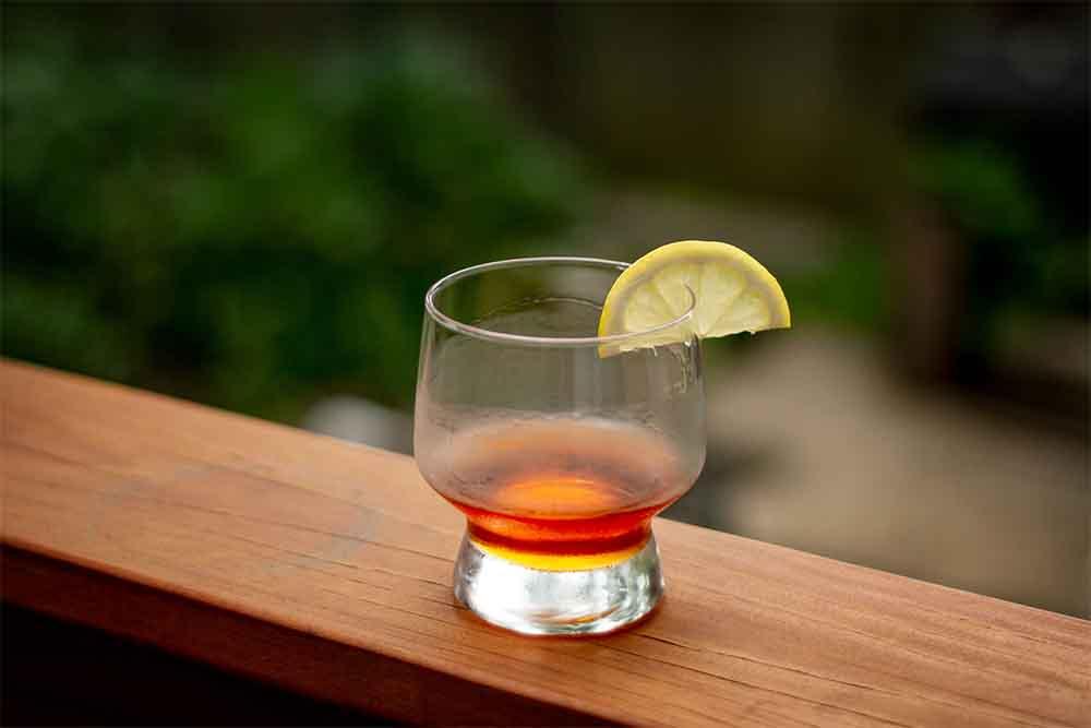 5 Classic Cocktails Every Gentleman Should Master | Ezra